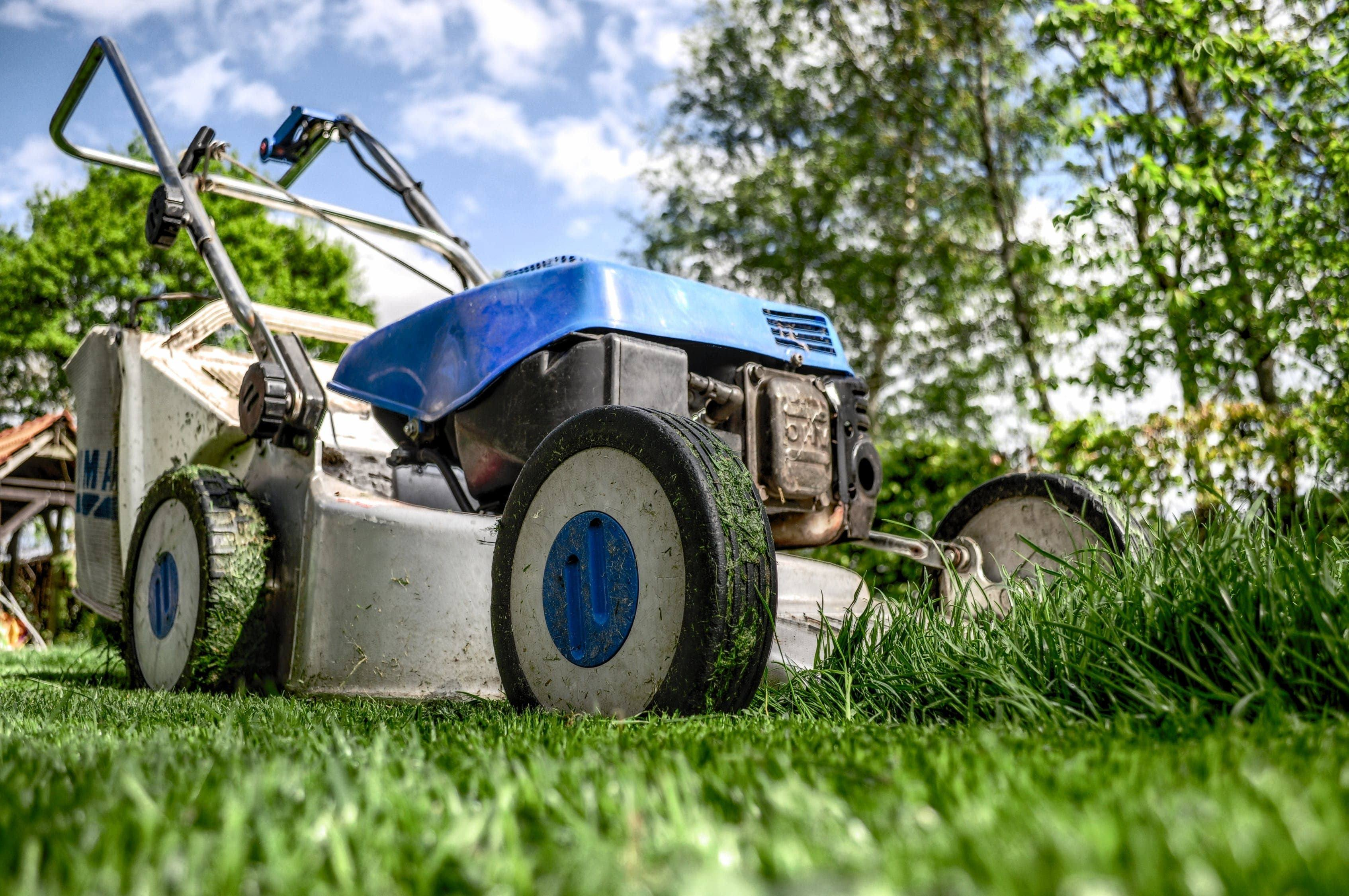How Does a Lawn Mower Work?